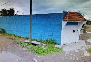 Foto de terreno habitacional en venta en 28 de julio s/n , villas del sur, coatzacoalcos, veracruz de ignacio de la llave, 16452003 No. 01