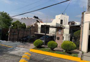 Foto de casa en venta en Lomas de Tecamachalco Sección Bosques I y II, Huixquilucan, México, 21716902,  no 01