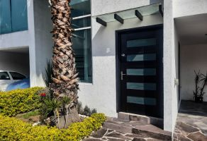 Foto de casa en venta en Lomas de Angelópolis, San Andrés Cholula, Puebla, 20982725,  no 01