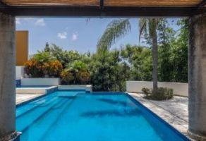 Foto de casa en venta en Rancho Cortes, Cuernavaca, Morelos, 17253376,  no 01