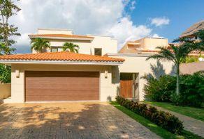 Foto de casa en venta en Puerto Aventuras, Solidaridad, Quintana Roo, 13166115,  no 01