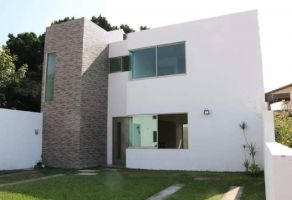 Foto de casa en venta en Centro Jiutepec, Jiutepec, Morelos, 16993921,  no 01