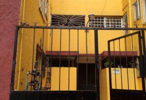 Foto de departamento en renta en Culhuacán CTM Sección VI, Coyoacán, Distrito Federal, 5172317,  no 01