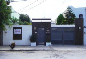 Foto de casa en venta en Mitras Centro, Monterrey, Nuevo León, 12640946,  no 01