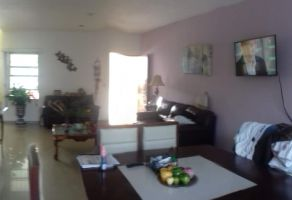 Foto de casa en venta en Bugambilias, Coatzacoalcos, Veracruz de Ignacio de la Llave, 6822973,  no 01