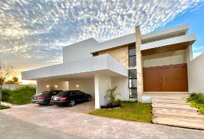 Foto de casa en venta en 32 , jalapa, mérida, yucatán, 13835071 No. 01