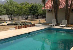 Foto de casa en venta en La Huasteca 1er Sect, Santa Catarina, Nuevo León, 20280216,  no 01