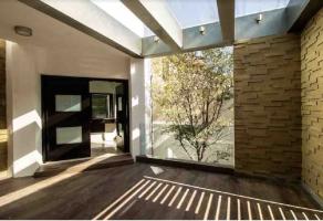 Foto de casa en venta en Colonial La Sierra, San Pedro Garza García, Nuevo León, 13714418,  no 01