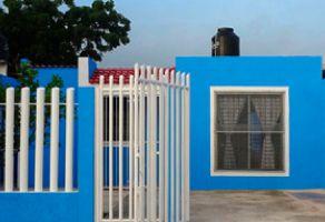 Foto de casa en venta en Ampliación Tixcacal Opichen, Mérida, Yucatán, 14902574,  no 01