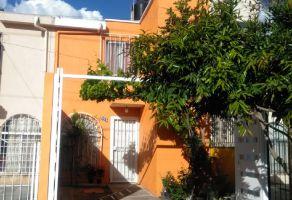 Foto de casa en venta en Jardines Del Valle, Zapopan, Jalisco, 20983311,  no 01