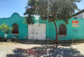 Foto de terreno habitacional en venta en Artesanos, San Pedro Tlaquepaque, Jalisco, 15098377,  no 01