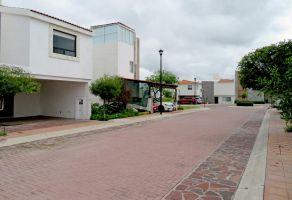 Foto de casa en condominio en renta en Los Olvera, Corregidora, Querétaro, 22511986,  no 01