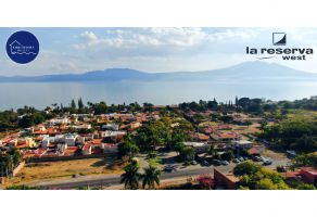 Foto de terreno habitacional en venta en Ajijic Centro, Chapala, Jalisco, 18486774,  no 01