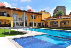 Foto de casa en venta y renta en Rancho Cortes, Cuernavaca, Morelos, 16862123,  no 01