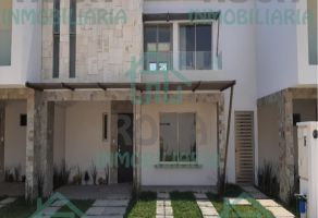 Foto de casa en venta en Orizaba Centro, Orizaba, Veracruz de Ignacio de la Llave, 12699229,  no 01