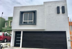 Foto de casa en renta en Colinas de Anáhuac, General Escobedo, Nuevo León, 19610837,  no 01