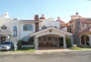 Foto de casa en venta y renta en Centro Sur, Querétaro, Querétaro, 13543517,  no 01