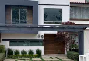 Foto de casa en venta en Ejido Jesús del Monte, Morelia, Michoacán de Ocampo, 21938802,  no 01