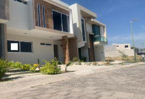 Foto de casa en venta en Jardines Del Vergel, Zapopan, Jalisco, 21292452,  no 01