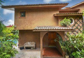 Foto de casa en venta en Bellavista, Cuernavaca, Morelos, 18074640,  no 01