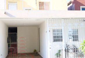 Foto de casa en venta en Jardines de Monterrey I, Apodaca, Nuevo León, 15507702,  no 01