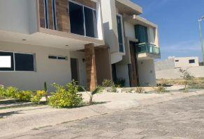 Foto de casa en venta en Jardines Del Vergel, Zapopan, Jalisco, 21888755,  no 01
