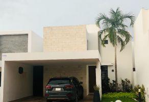 Foto de casa en condominio en venta en Algarrobos Desarrollo Residencial, Mérida, Yucatán, 21392902,  no 01