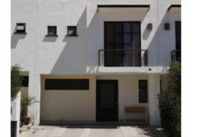 Foto de casa en venta en Bosques del Sur, León, Guanajuato, 14452607,  no 01
