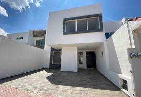 Foto de casa en venta en Club de Golf San Juan, San Juan del Río, Querétaro, 16485375,  no 01