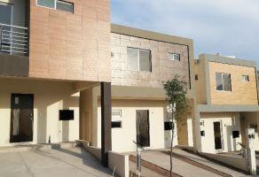 Foto de casa en venta en Adolfo Lopez Mateos, Santa Catarina, Nuevo León, 15215423,  no 01
