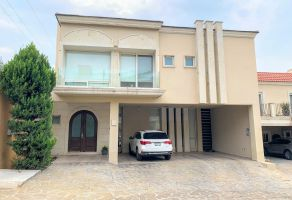 Foto de casa en renta en Lomas Del Valle, San Pedro Garza García, Nuevo León, 21673569,  no 01