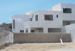Foto de terreno habitacional en venta en Las Cañadas, Zapopan, Jalisco, 11653438,  no 01