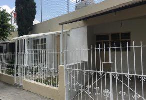 Foto de casa en venta en Jardines Alcalde, Guadalajara, Jalisco, 13196537,  no 01