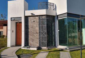 Foto de casa en venta en Chapala Centro, Chapala, Jalisco, 16997723,  no 01