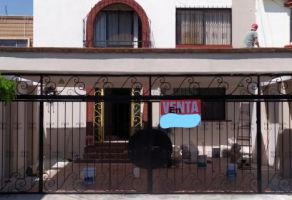 Foto de casa en venta en Jardines de Irapuato, Irapuato, Guanajuato, 13056113,  no 01