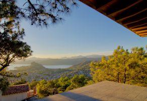 Foto de casa en venta en Valle de Bravo, Valle de Bravo, México, 16989066,  no 01
