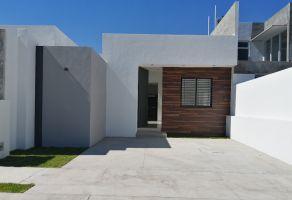 Foto de casa en venta en Residencial Esmeralda Norte, Colima, Colima, 17115002,  no 01