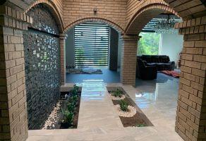 Foto de casa en venta en Country la Escondida, Guadalupe, Nuevo León, 21256770,  no 01
