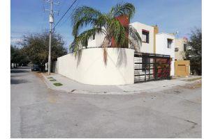 Foto de casa en venta en Hacienda Real, Juárez, Nuevo León, 18966848,  no 01