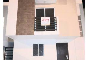 Foto de casa en venta en Quinta Colonial Apodaca 1 Sector, Apodaca, Nuevo León, 18153371,  no 01