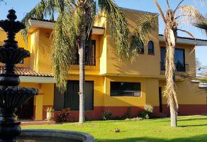Foto de casa en venta en Arcos de la Cruz, Tlajomulco de Zúñiga, Jalisco, 15402130,  no 01