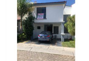 Foto de casa en condominio en venta en Colinas de San Javier, Zapopan, Jalisco, 7112513,  no 01