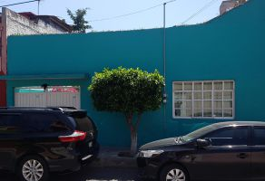 Foto de casa en venta en Agrícola Pantitlan, Iztacalco, DF / CDMX, 17176569,  no 01