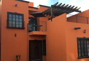 Foto de casa en venta en Centro, León, Guanajuato, 13759351,  no 01