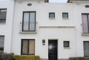 Foto de casa en renta en Desarrollo Habitacional Zibata, El Marqués, Querétaro, 21415687,  no 01