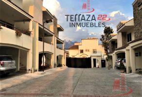 Foto de casa en venta en Del Valle Oriente, San Pedro Garza García, Nuevo León, 12490429,  no 01