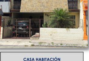 Foto de casa en venta en Jardines de La Paz, Guadalajara, Jalisco, 15852910,  no 01
