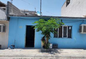 Foto de casa en venta en San Gilberto, Santa Catarina, Nuevo León, 22267145,  no 01