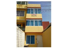 Foto de casa en venta en San Francisco Coacalco (Sección Héroes), Coacalco de Berriozábal, México, 19545799,  no 01