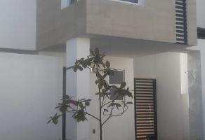 Foto de casa en renta en Fraccionamiento Villas del Sol, Irapuato, Guanajuato, 17270179,  no 01